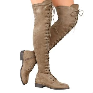 ⭐️⭐️ Lace Up Knee High Boots